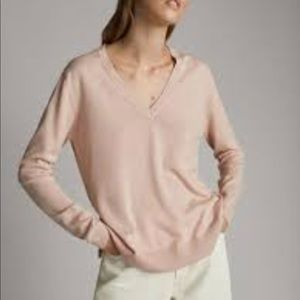 Light pink cashmere sweater NEW